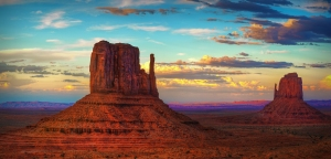 The mighty mittens of Monument Valley